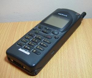 Nokia 2110. Foto: Muzzamo / wikimedia Commons